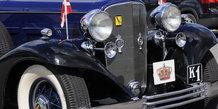 1933 Cadillac V8 Seven Passenger Touring Convertible på Væddeløbsbanen