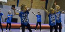 Gymnastik opvisning i Lystrup Hallen